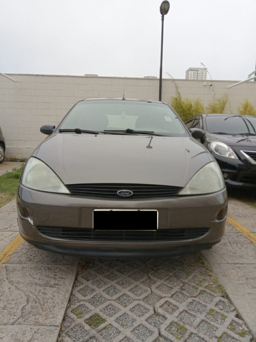 Imagem 1 de 11 de Ford Focus 1.8l