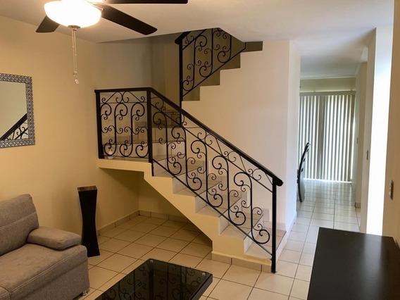 Casa Amueblada En Renta 3 Recamaras Residencial Con Alberca