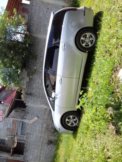 Mitsubishi Grandis 2.4 5p 2005