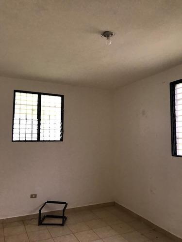 Casa En Venta En La Concordia Km.14, Aut. Duarte