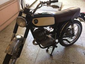 Motocicleta Carabela