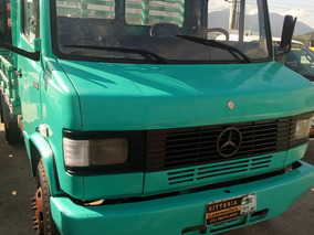 Caminhão Mercedes Benz Mb 709-carrocecia