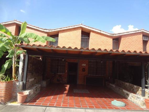 Townhouses En Venta #19-11621