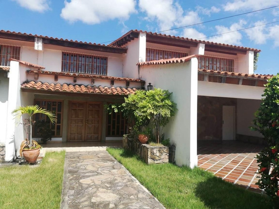 Casa En Venta En Santa Elena Barquisimeto Rahco