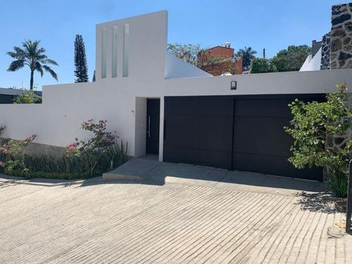 Casa Minimalista En Un Solo Nivel En La Pradera Cuernavaca