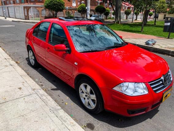 Volkswagen Jetta Full Trendline, 2.0, Rojo Tornado