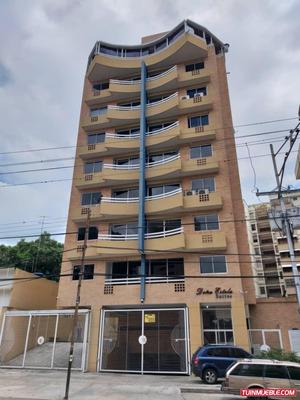 En Alquiler Apartamento 1/2 Cuadra Av Bolivar Norte