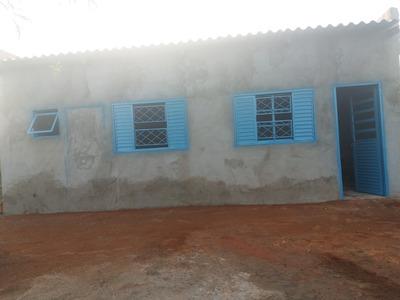 Casa De 2 Quartos E 1 Banheiro