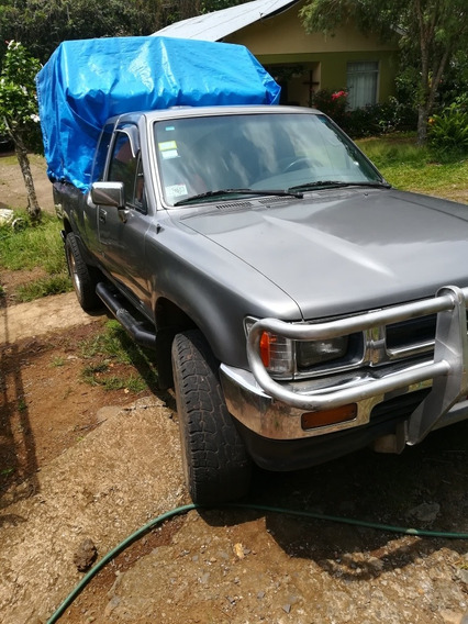 Toyota Hilux 4x4 Manual