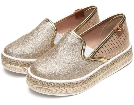 Sapato Molekinha Dourado Glitter 2520.909