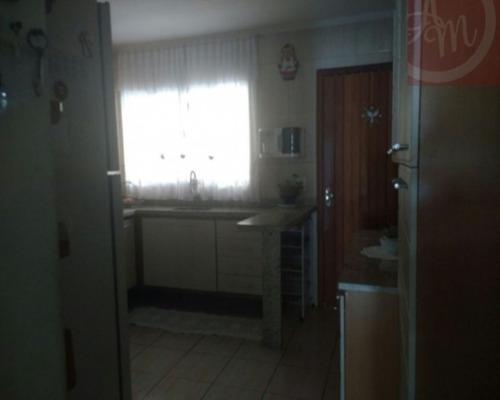 Imagem 1 de 15 de Casas - Residencial             - 359