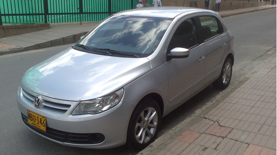 Volkswagen Gol Conforline 1.6 Gris Plata