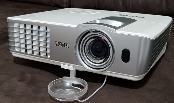 Projetor Benq W1080st+ Full Hd 1080p 3d Dlp Resolução Curta Distância Short Throw 2200 Lumens Óculos Ativos Home Theater