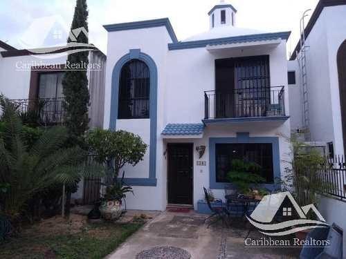 Casa En Venta En Cancún/las Torres