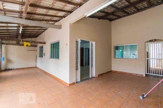 Casa Com 4 Dormitórios E 2 Garagens - Id: 892973747 - 273747