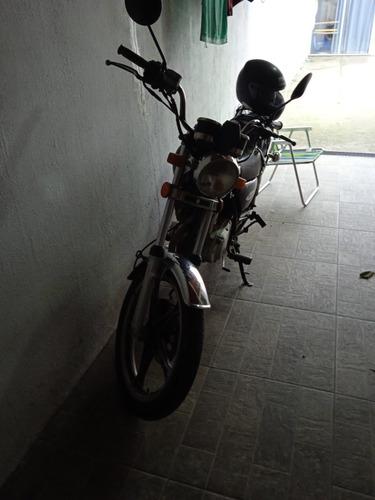 Suzuki Intruder Modelo 2011