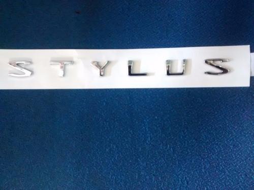 Imagen 1 de 6 de Emblema Kia Stylus Letra Preguntar Por Otros Emblemas