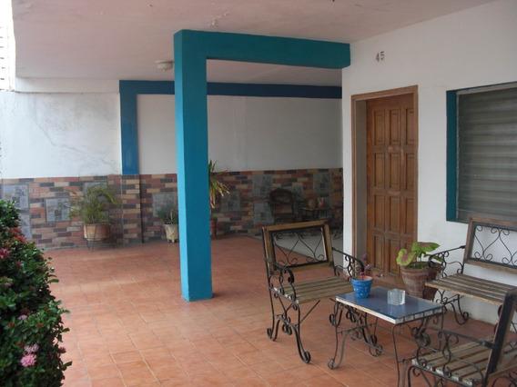 04126887776 # 20-24821 Casa En Venta Coro Centro