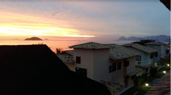 Casa Com 03 Quartos, Em Condomínio De Frente Para O Mar!!! - Ca0640