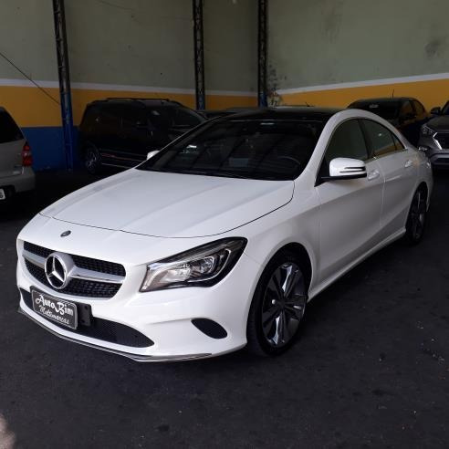 Mercedes Benz Cla-200