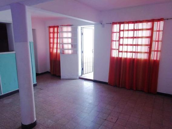 Alquilo Casa De 2 Dormitorios En Zona Sur De Rosario