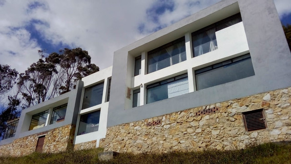 Venta Exclusiva Casa - 395 M2 - La Calera