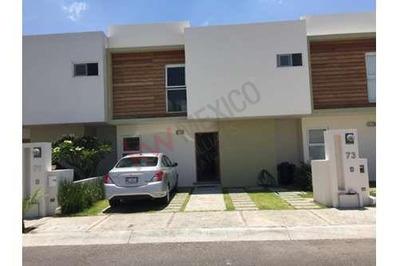 Casa Ambueblada En Renta En Juriquilla