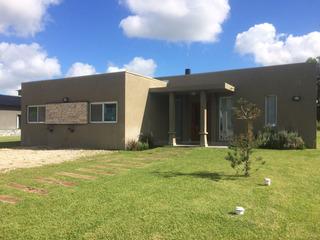 Casa En Alquiler Temporario Costa Esmeralda Bo. Senderos 2