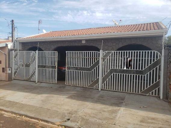 Venda De Casas / Padrão Na Cidade De Araraquara 9446