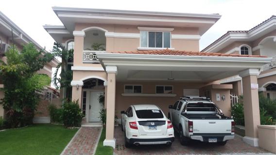 La Casa Ideal En Altos Del Country#17-4023**gg**