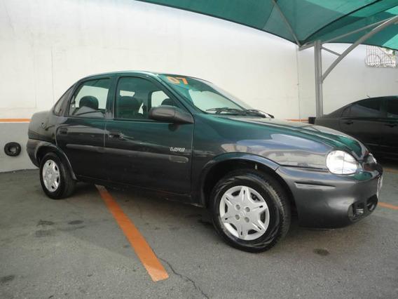 Chevrolet Corsa Sedan Life Completo