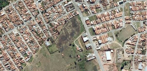 Imagem 1 de 3 de Oportunidade: Área Com 18 Mil M² Próximo Ao Centro De Taubaté. - Ar0088