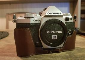Câmera Olympus Om-d Em5 Mark Ii + 2 Baterias + Case De Couro