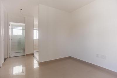 Apartamento No 3º Andar Com 2 Dormitórios E 1 Garagem - Id: 892933525 - 233525