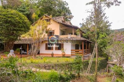 Casa- Petrópolis, Araras - L544