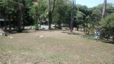 Terreno À Venda, 2400 M² Por R$ 1.400.000 - Itaipu - Niterói/rj - Te0109