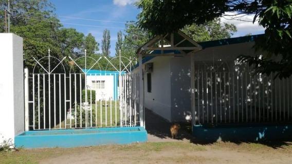 Casa En Venta En Costanera Del Rio