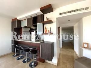 Vendo Apartamento Las Mercedes 20-24828 Sumy Hernandez