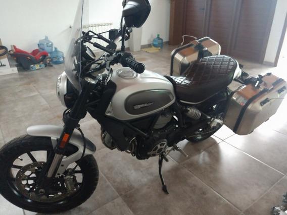 Ducati Scrambler Icon 800 Gris Maletas Termignoni Guiñes Etc
