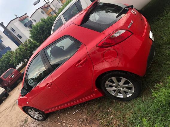 Mazda 2 1.5 Touring Mt Automático 2012 Rojo