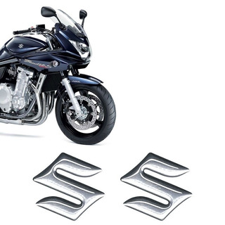 Emblema Cromado Resinado Suzuki Tanque Moto Universal
