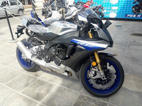 Yamaha R1m Azul