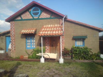 Casa De Campo De Adobe