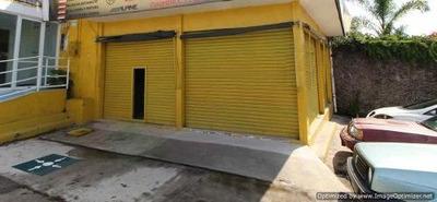 (crm-1404-3021) Renta De Céntrico Local Comercial! Con Vista Desde Esquina Col. Lomas