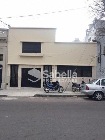 Alquiler De Casa 3 Dormitorios En Casco Urbano, La Plata.