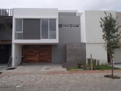 Casa En Renta, Solares Coto Zanthé
