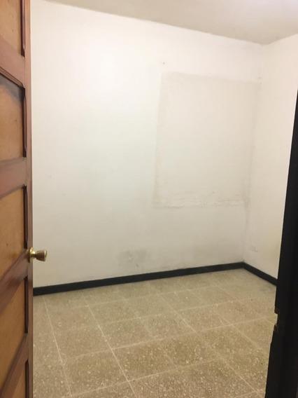Se Alquila Habitación En Apartamento A 5 Minutos De La Ucr.