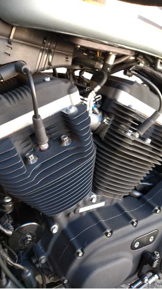 Harley Xl 883 Roadster - Como Nova 2010