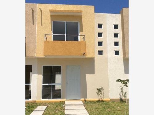 Casa Sola En Venta Fracc Lagos De Puente Moreno