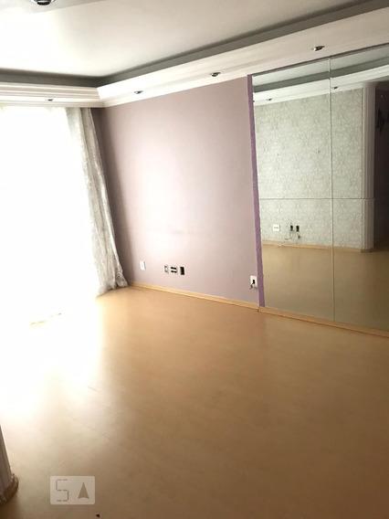 Apartamento No 3º Andar Mobiliado Com 3 Dormitórios E 1 Garagem - Id: 892973233 - 273233